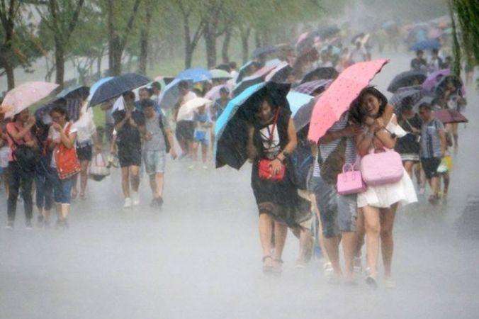 В Китае появилось мобильное приложение «Зонт в аренду»
