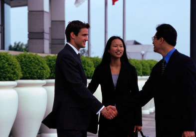 Иностранные компании розничной торговли расширяют свое присутствие в Китае - Минкоммерции